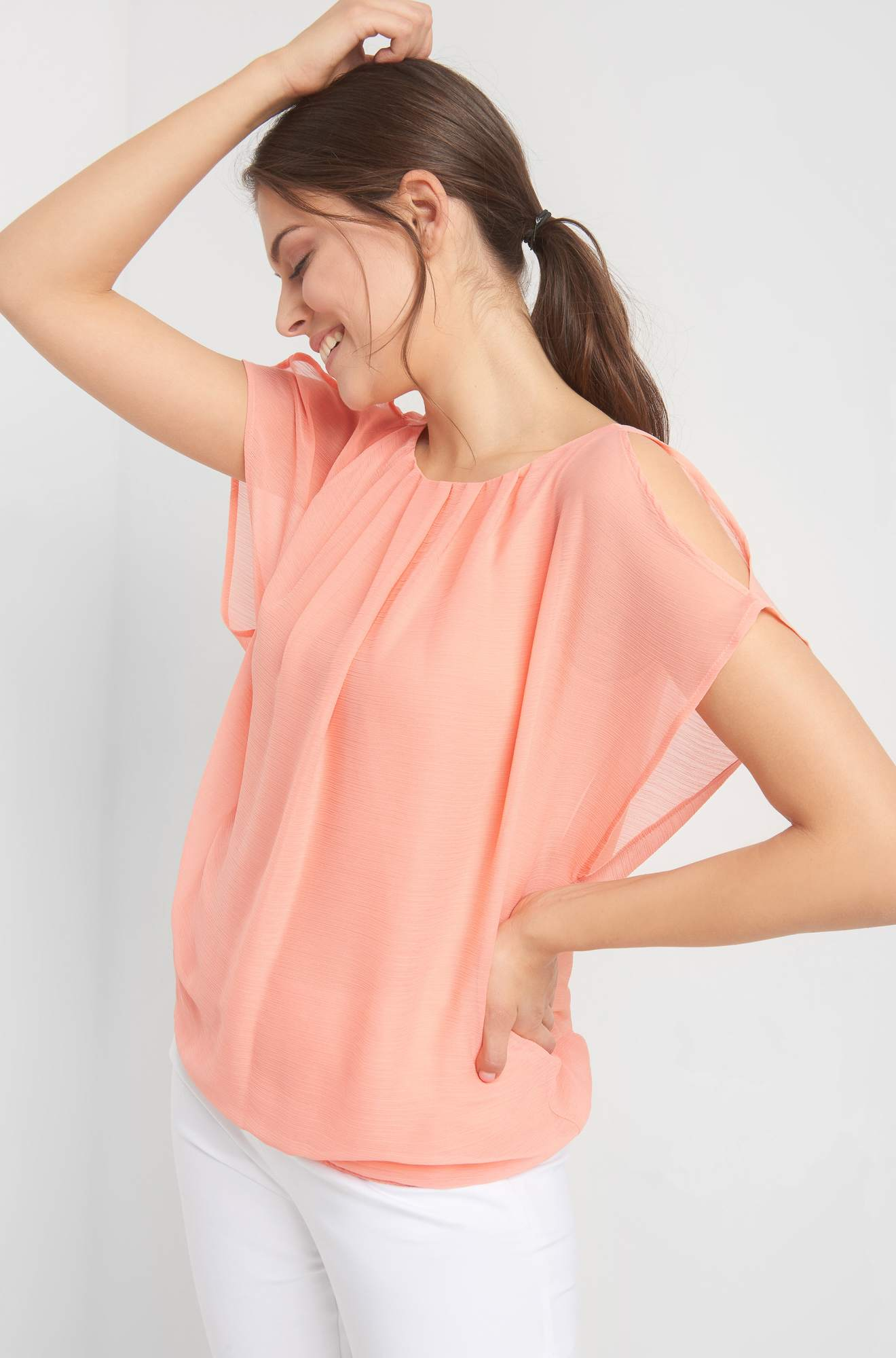 Bluse mit Cut Out